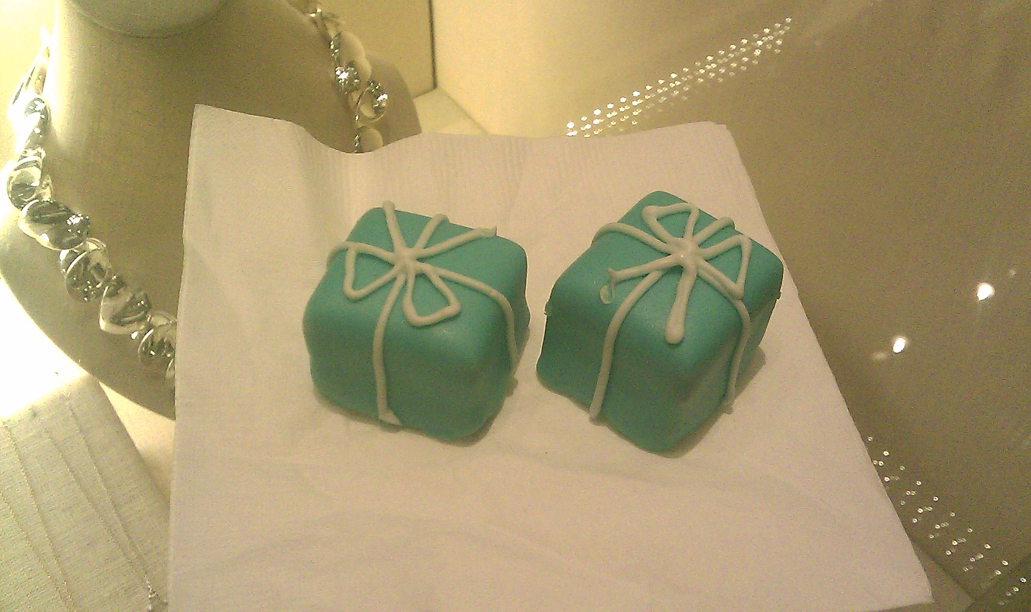 Tiffany s blue box petit fours f4cbe854e